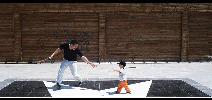 Reaching Hands by siyahdeniz on 500px.com
