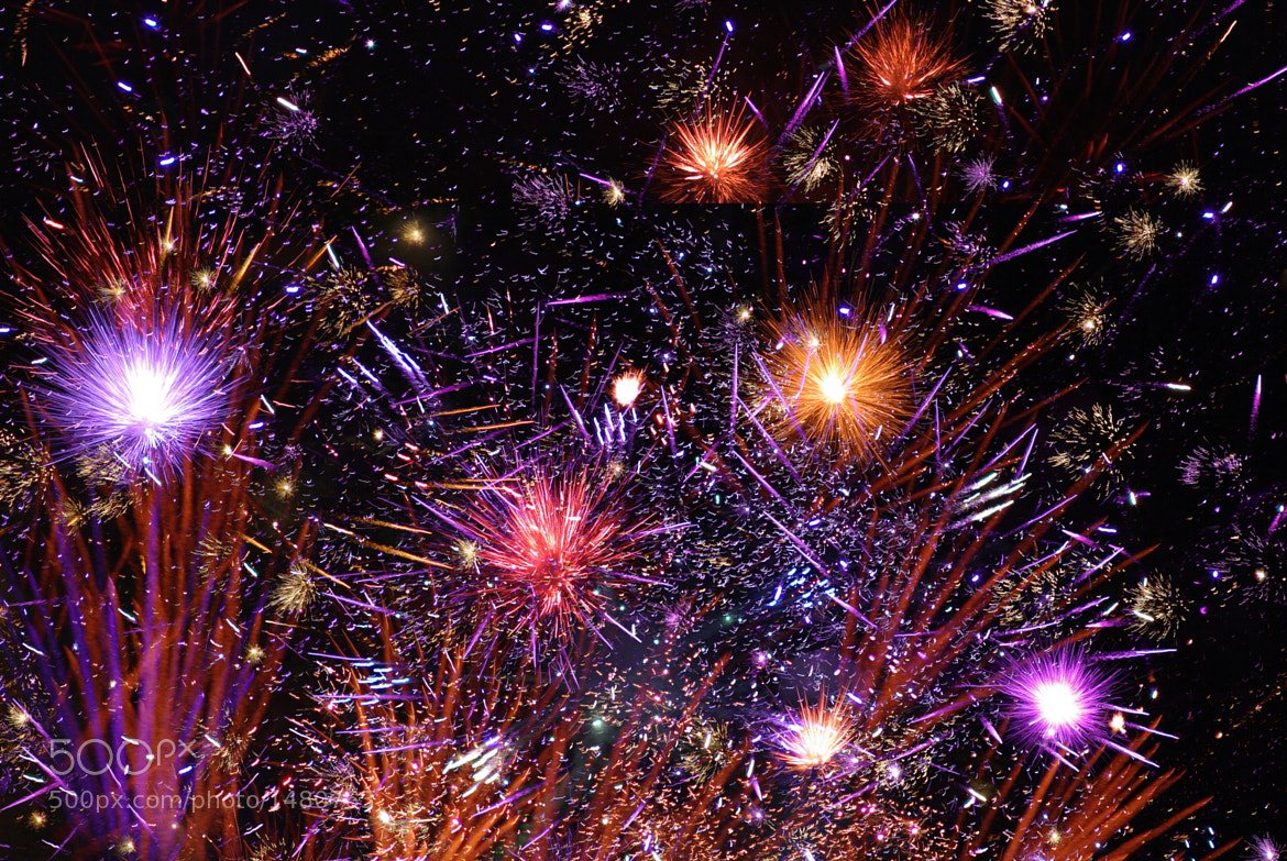 Photograph Jingu Gardens Fireworks 2011 by Kenji Doi on 500px