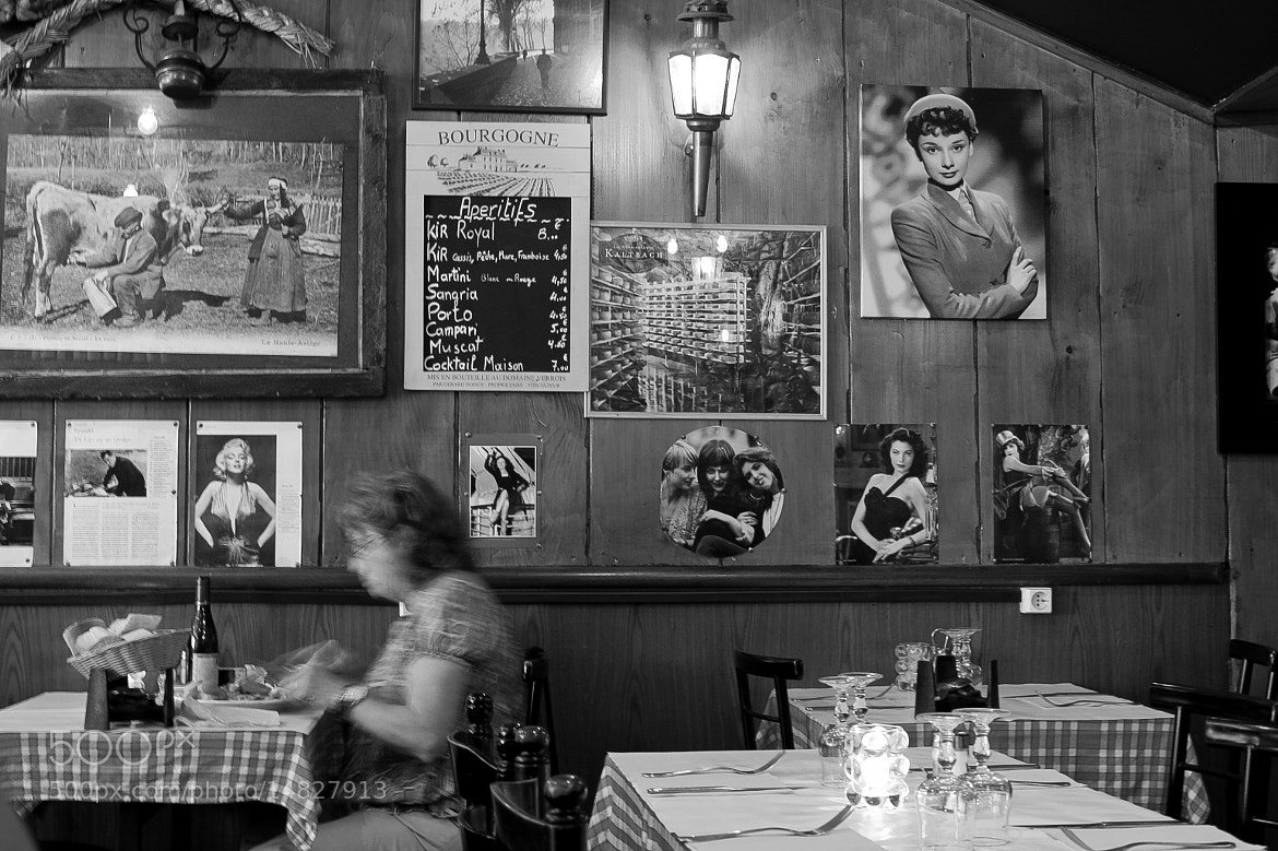 Photograph  Bistro by María Moyano on 500px
