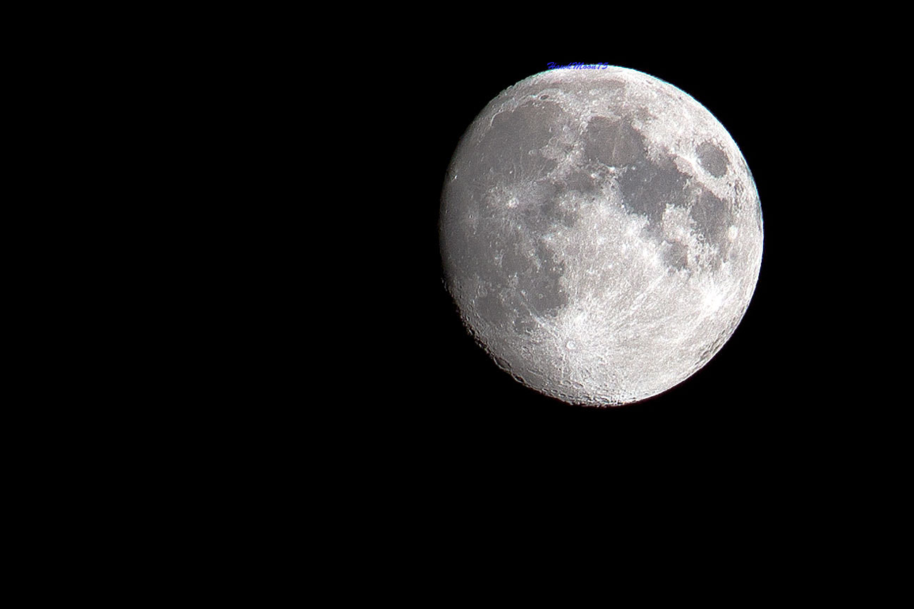Photograph MOON2 by Manuel  Vilasó on 500px