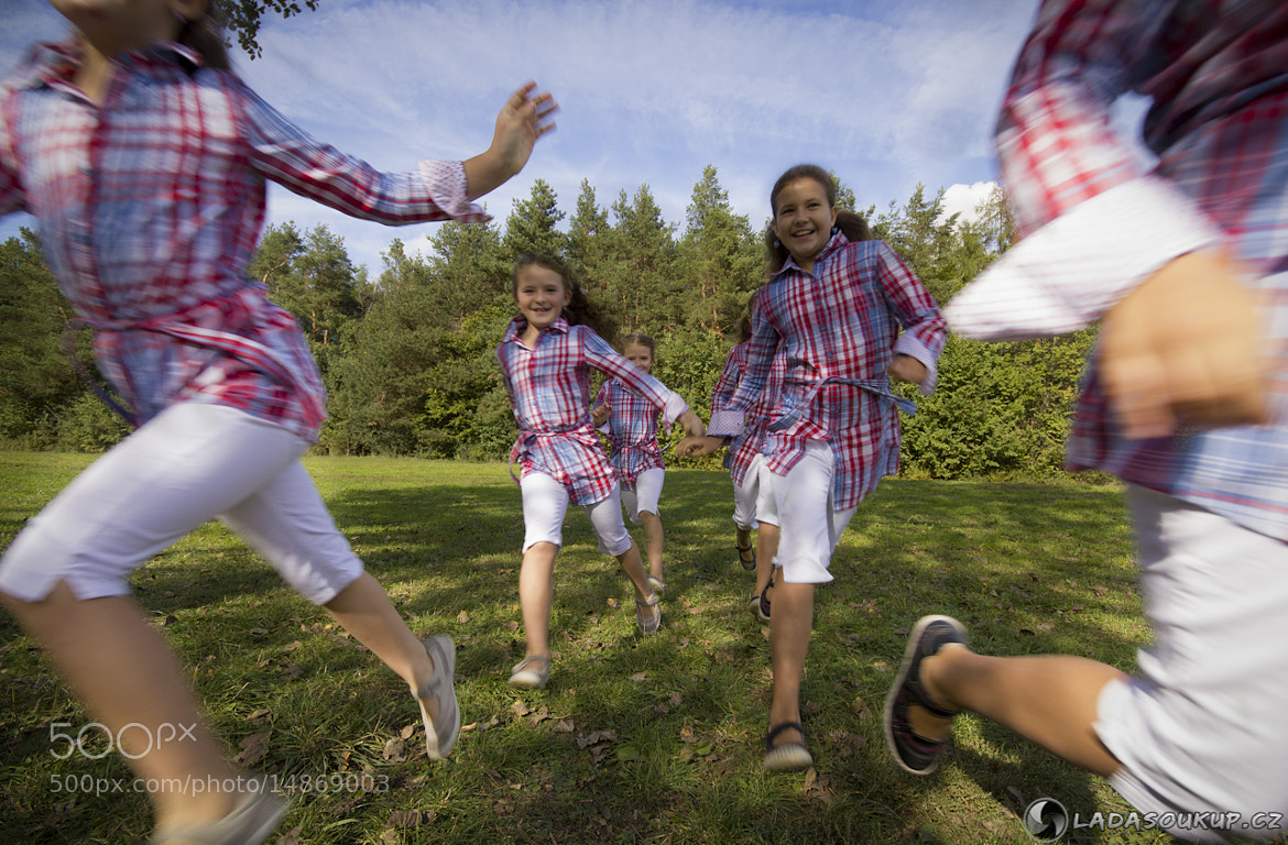 Photograph running kids by Ladislav Soukup on 500px