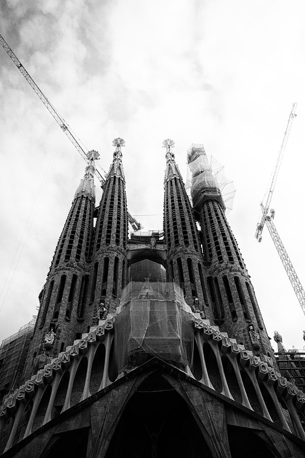 Sagrada by David Delgado on 500px.com