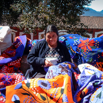 Woman selling Textiles, Fujifilm FinePix 3800