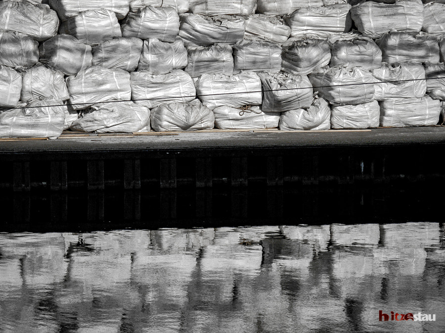 Big Bags by hitzestau on 500px.com