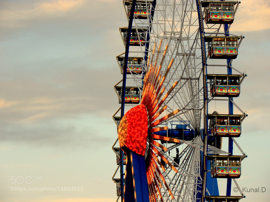 Ferris Wheel at Oktoberfest Munich by Kunal  (kunald) on 500px.com