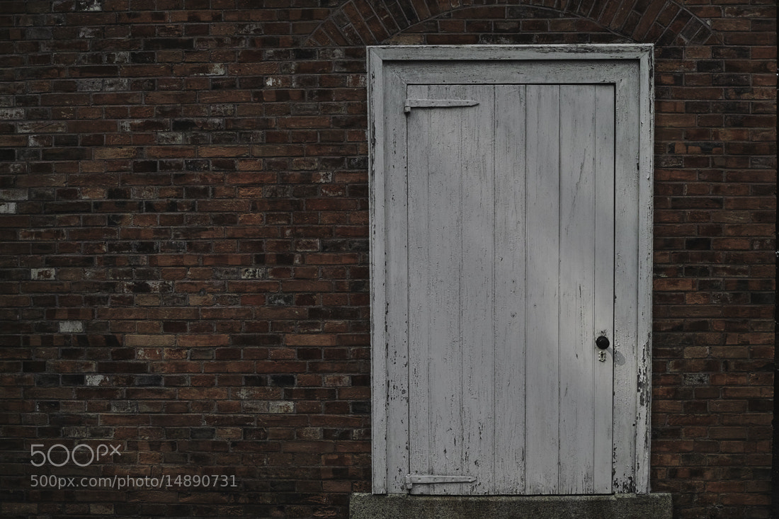 Photograph white door by Nobuo Furuhashi on 500px