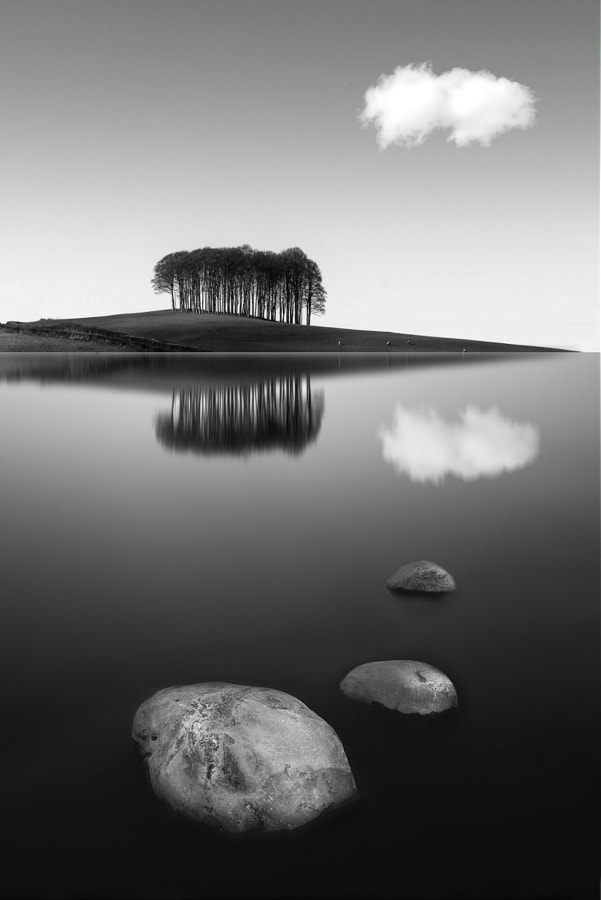 reflection by nikos Bantouvakis on 500px.com