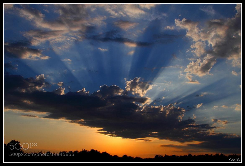 Photograph le soleil joue à cache-cache by Sebastien Sebilly on 500px