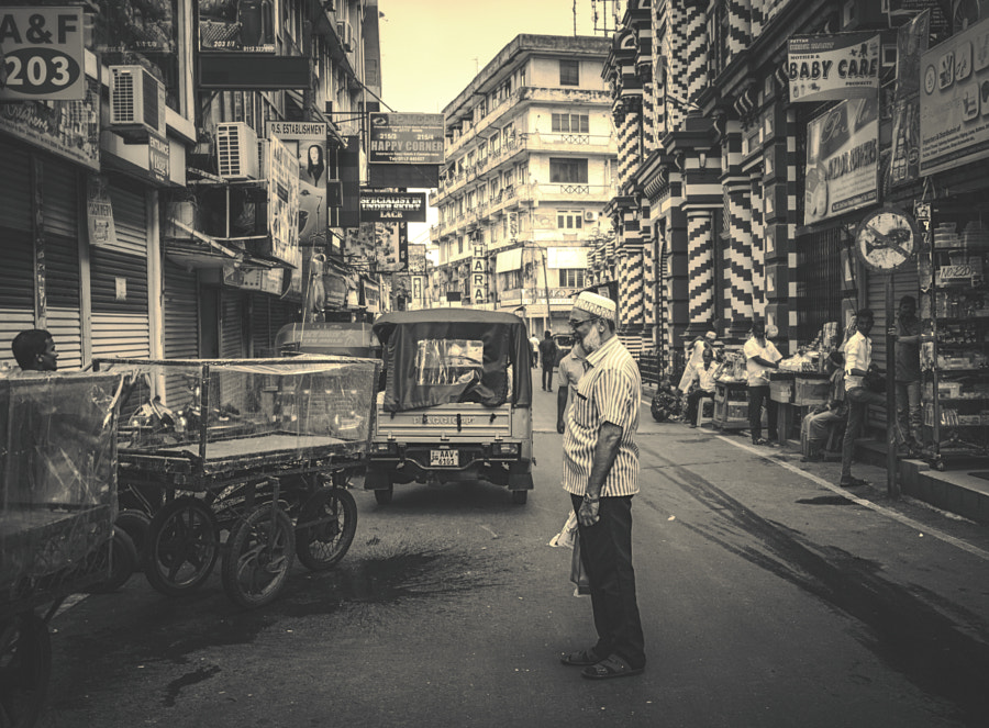 2nd Cross Street, Pettah (b/w) by Son of the Morning Light on 500px.com
