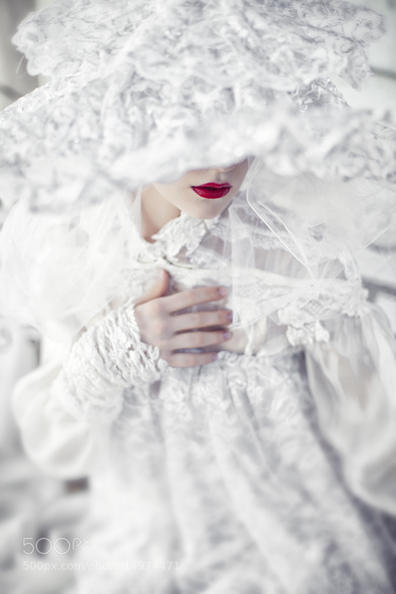 Photograph Dracula's bride by Nava Monde on 500px