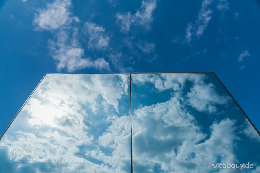 Editors' Choice : Sky in the Mirror by Cabguy