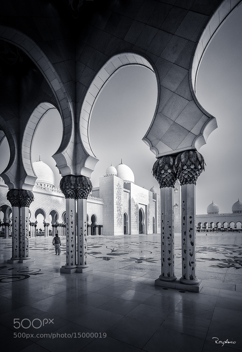 Photograph Grand Mosque by Rey Amio on 500px