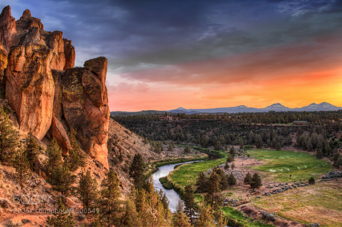 Photograph Sunset at Smith Rock State Park by David Gn on 500px