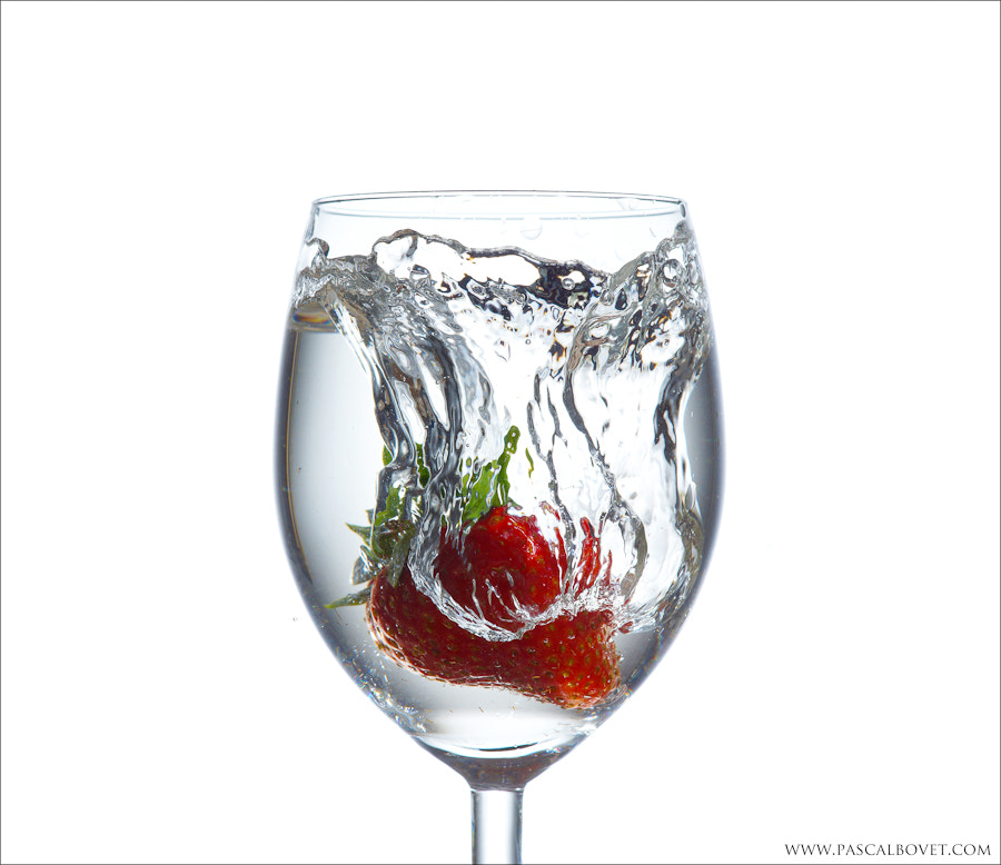 Photograph Strawberry water splash by Pascal Bovet on 500px