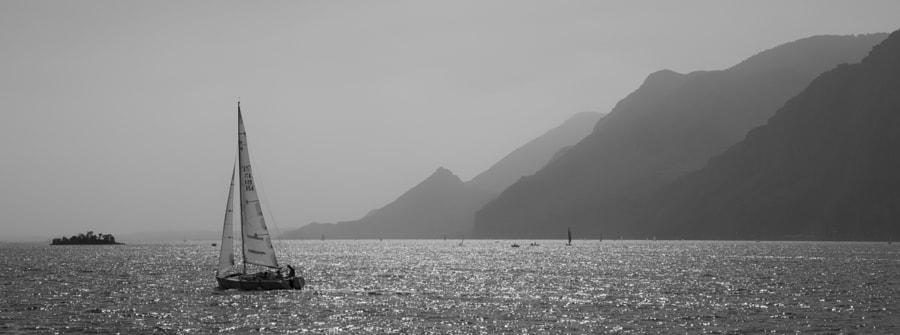 Sailing on Lake Garda