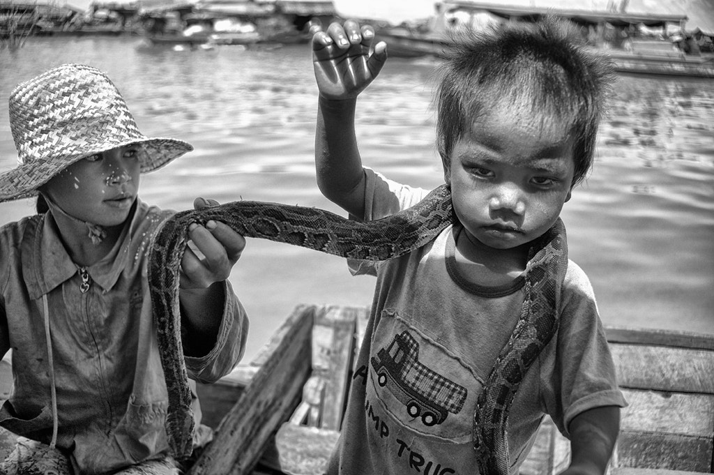 """Photograph """"M"""", The Mark of Snake Boy by Blindman shooting on 500px"""