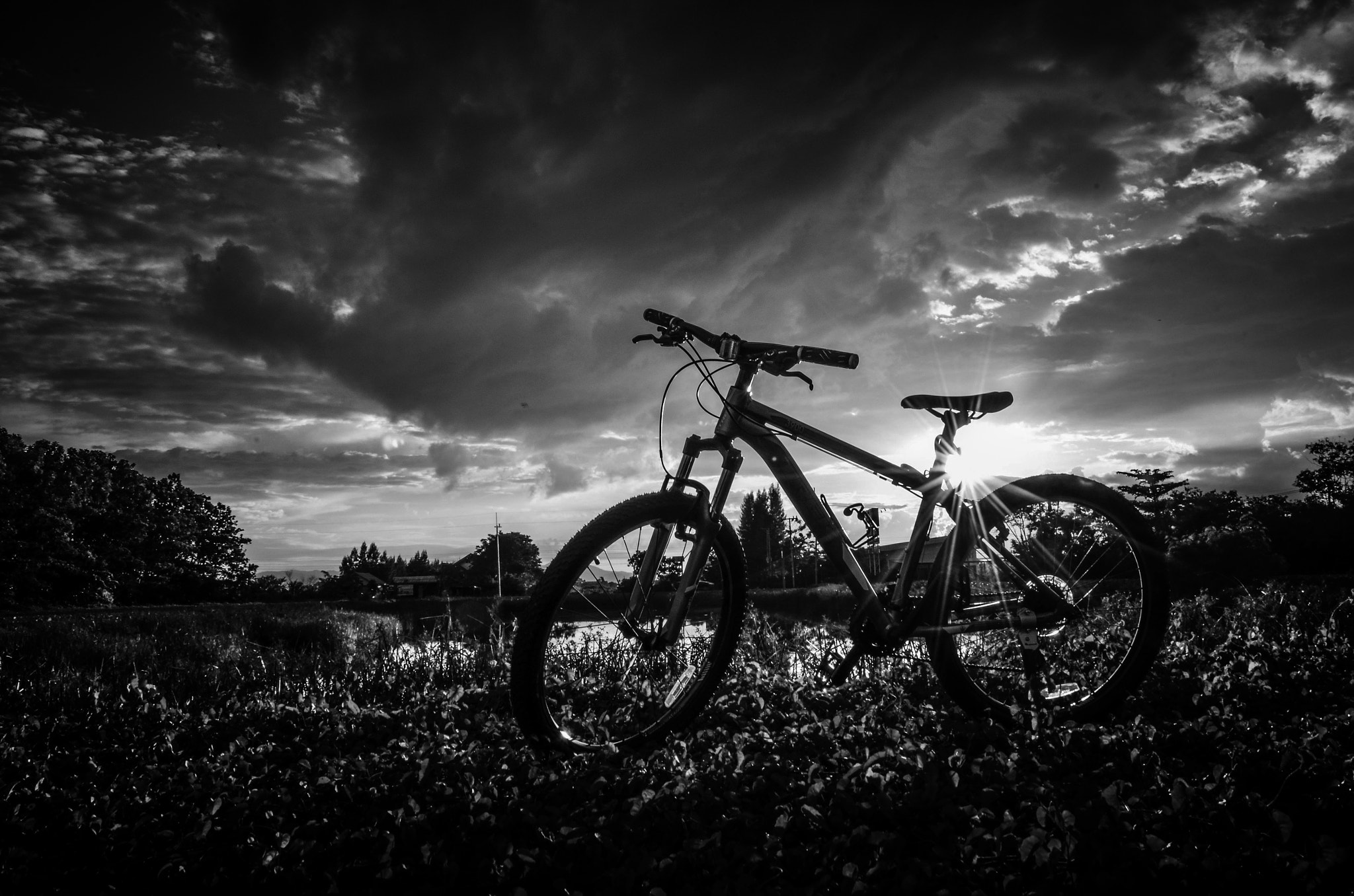 Photograph MTB by Nuang Sangkhsri on 500px