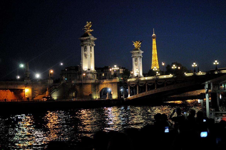 Photograph romantique sur la Seine.. by Anna Lenda on 500px