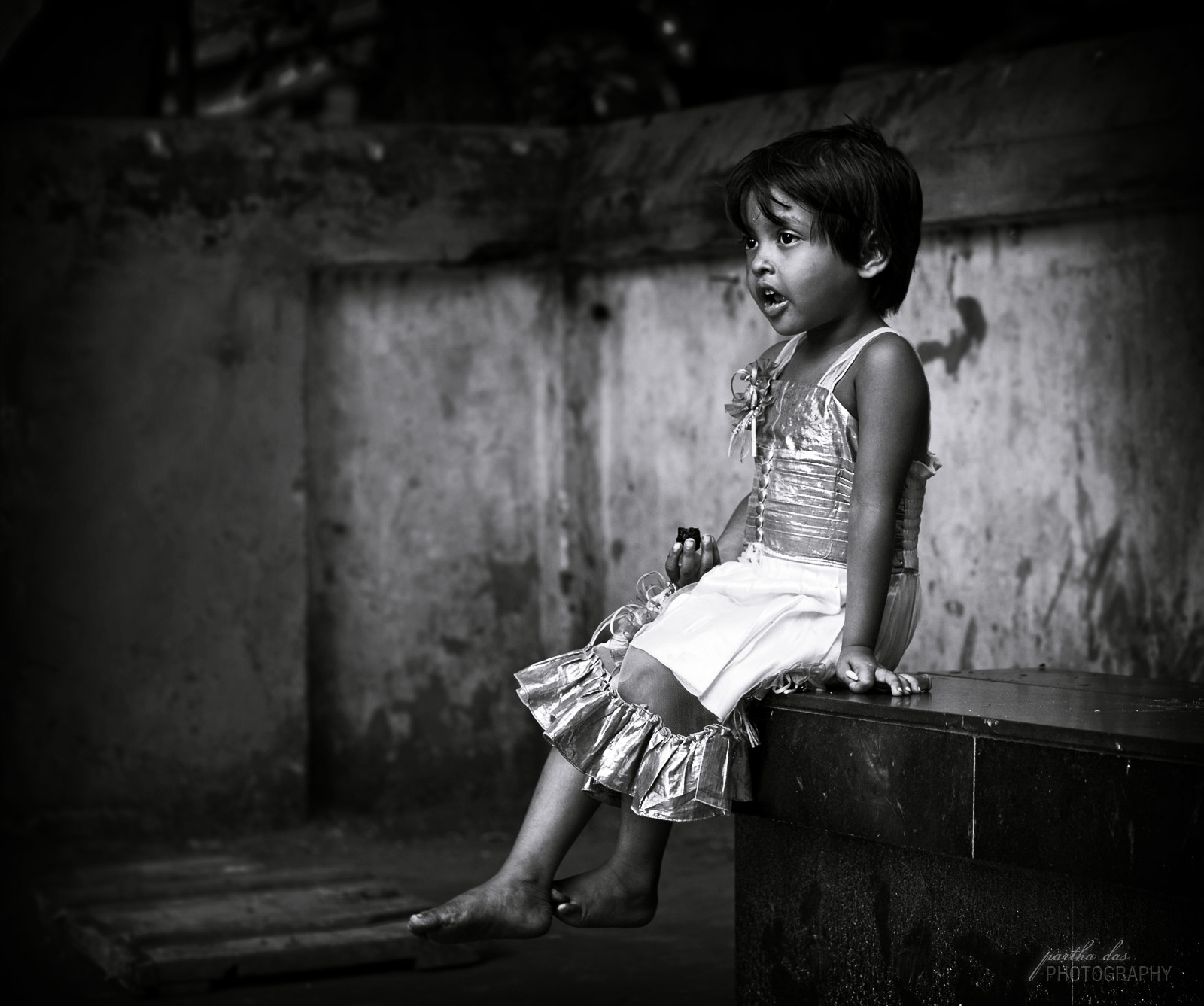 Photograph in her mood! by Partha Das on 500px