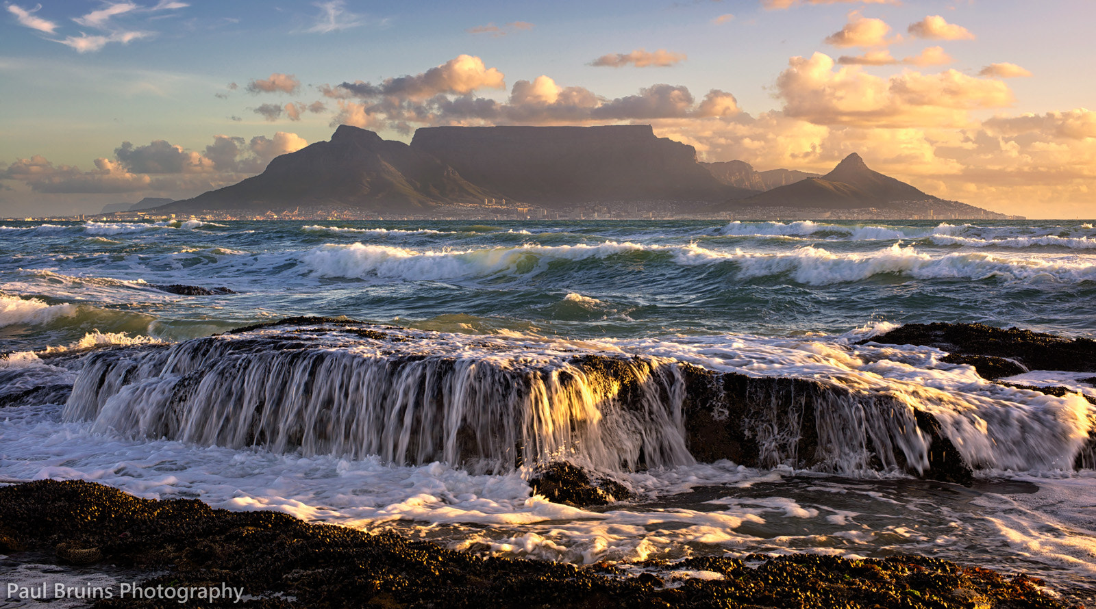 Photograph Table Mountain at 50mm by Paul Bruins on 500px