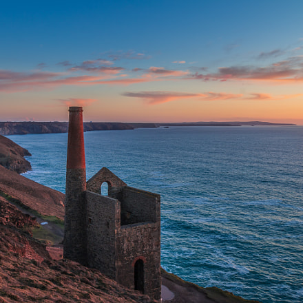 Wheal Coates sunset in HDR