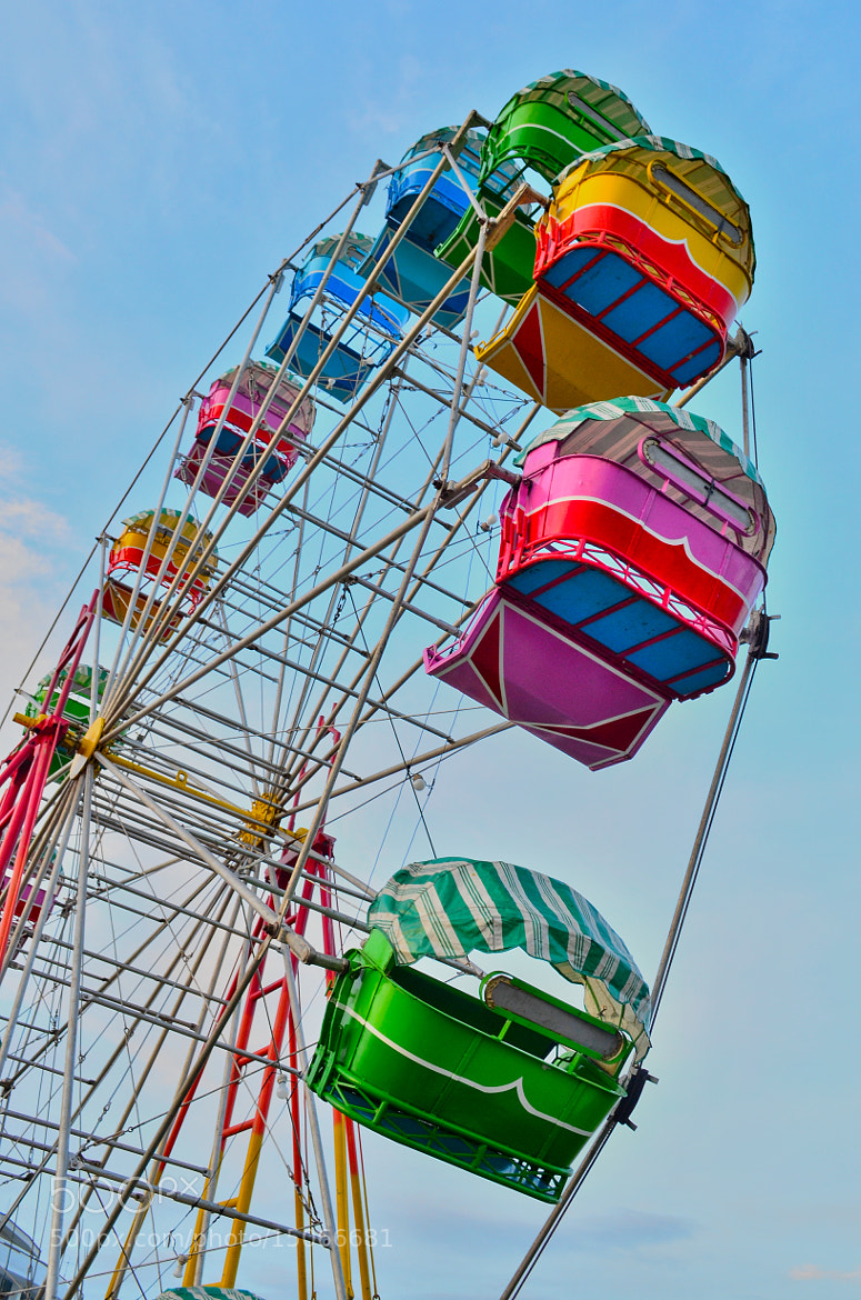 Photograph The carnival wheel by Vey Telmo on 500px