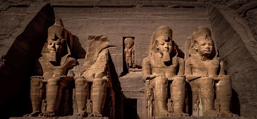 Ramesses II & Nefertari, Abu Simbel, Egypt by Lubomir Mihalik on 500px.com