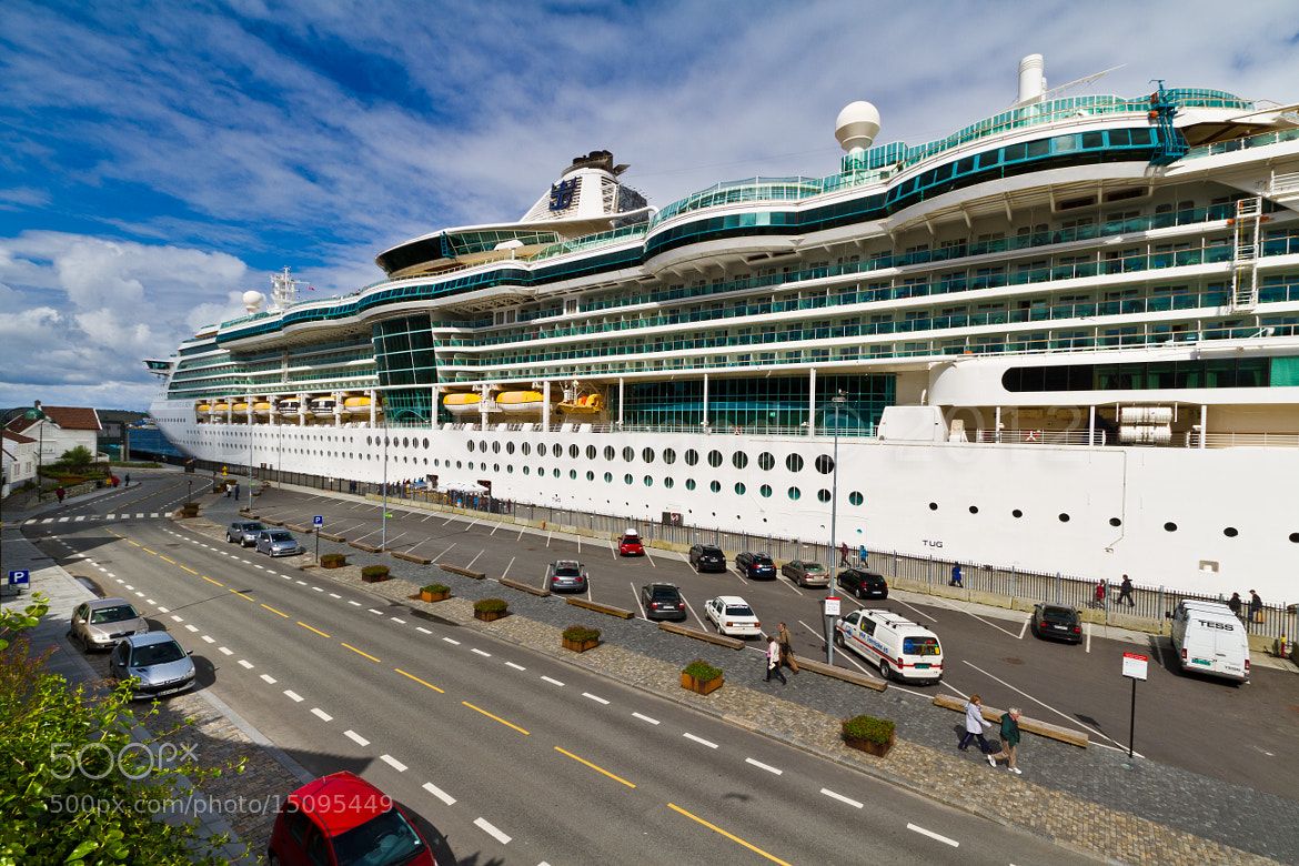 Photograph Large Cruiser by Daniel Solstrand on 500px