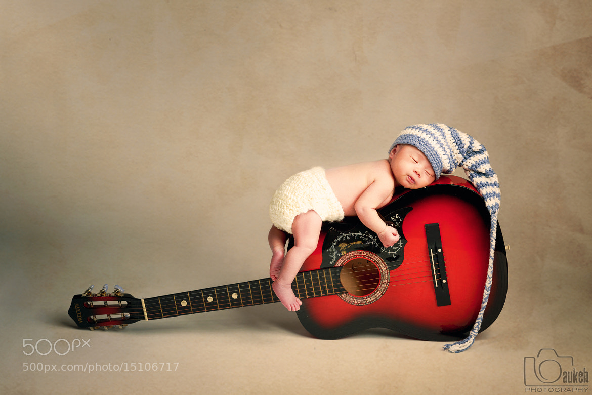 Photograph Kalina on Guitar by Baukeh Photography on 500px