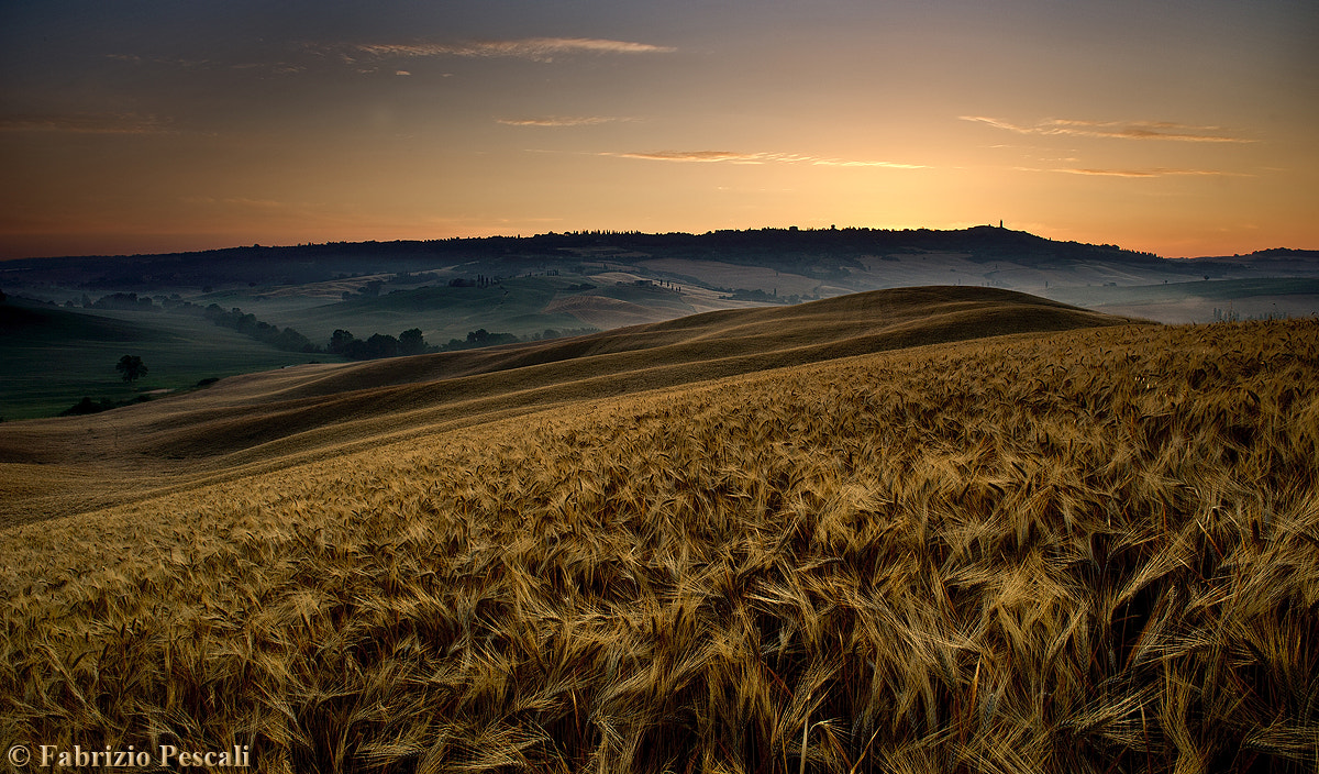 Photograph Val d'Orcia twilight / Aurora Orciana by Fabrizio Pescali on 500px
