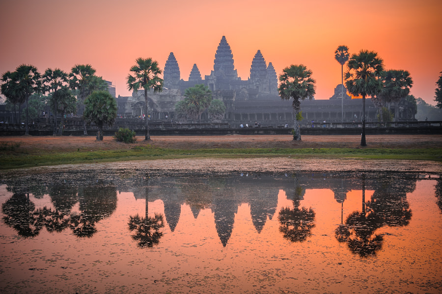 Angkor Wat reflection by Damien Tachoires on 500px.com