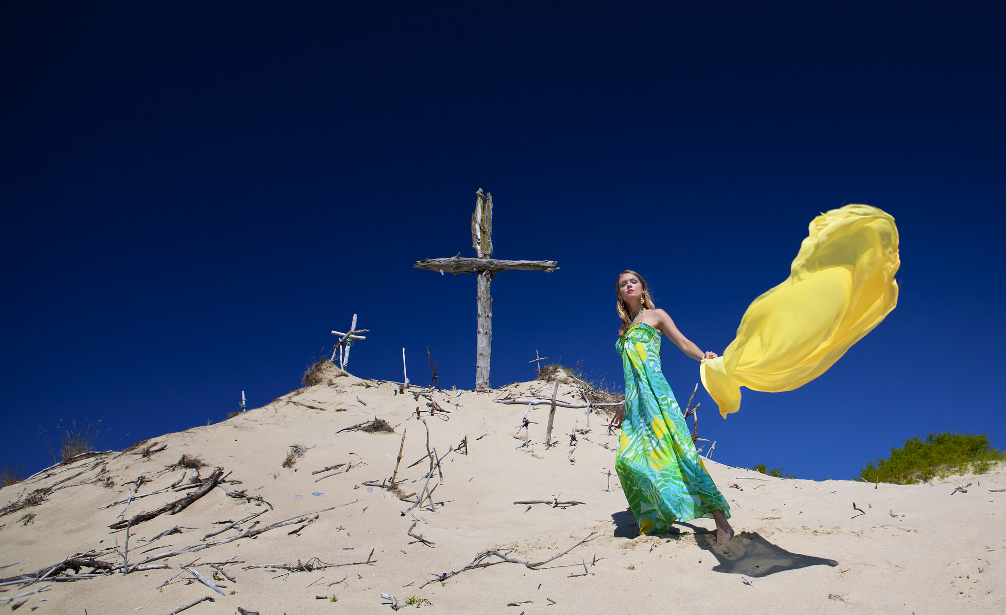 Photograph fashion in the desert by volkan kovancısoy on 500px
