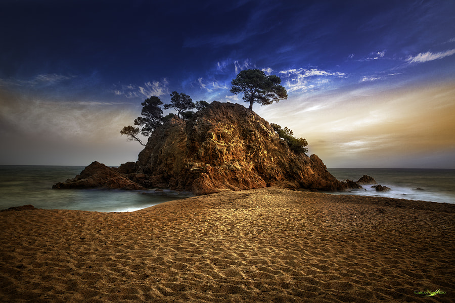1000 Footsteps in Paradise by Carlos Santero on 500px.com