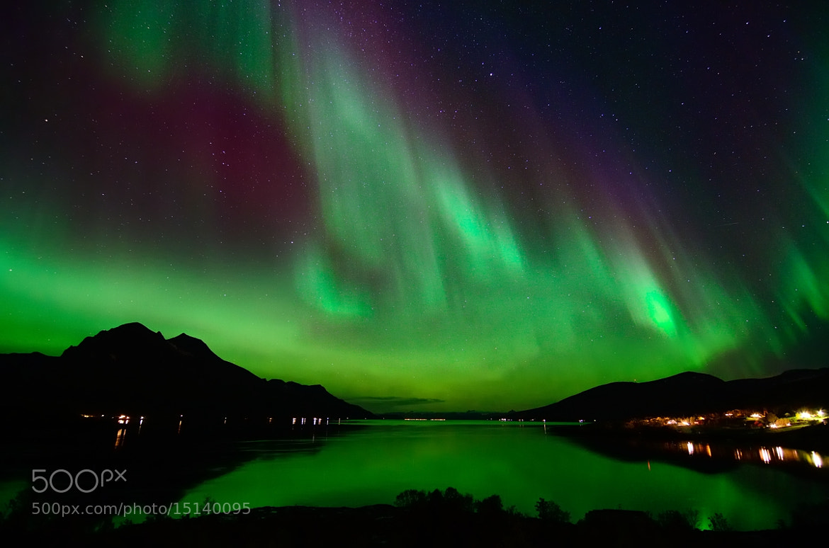 Photograph Aurora Borealis in Straumsfjord, Troms by John Hemmingsen on 500px