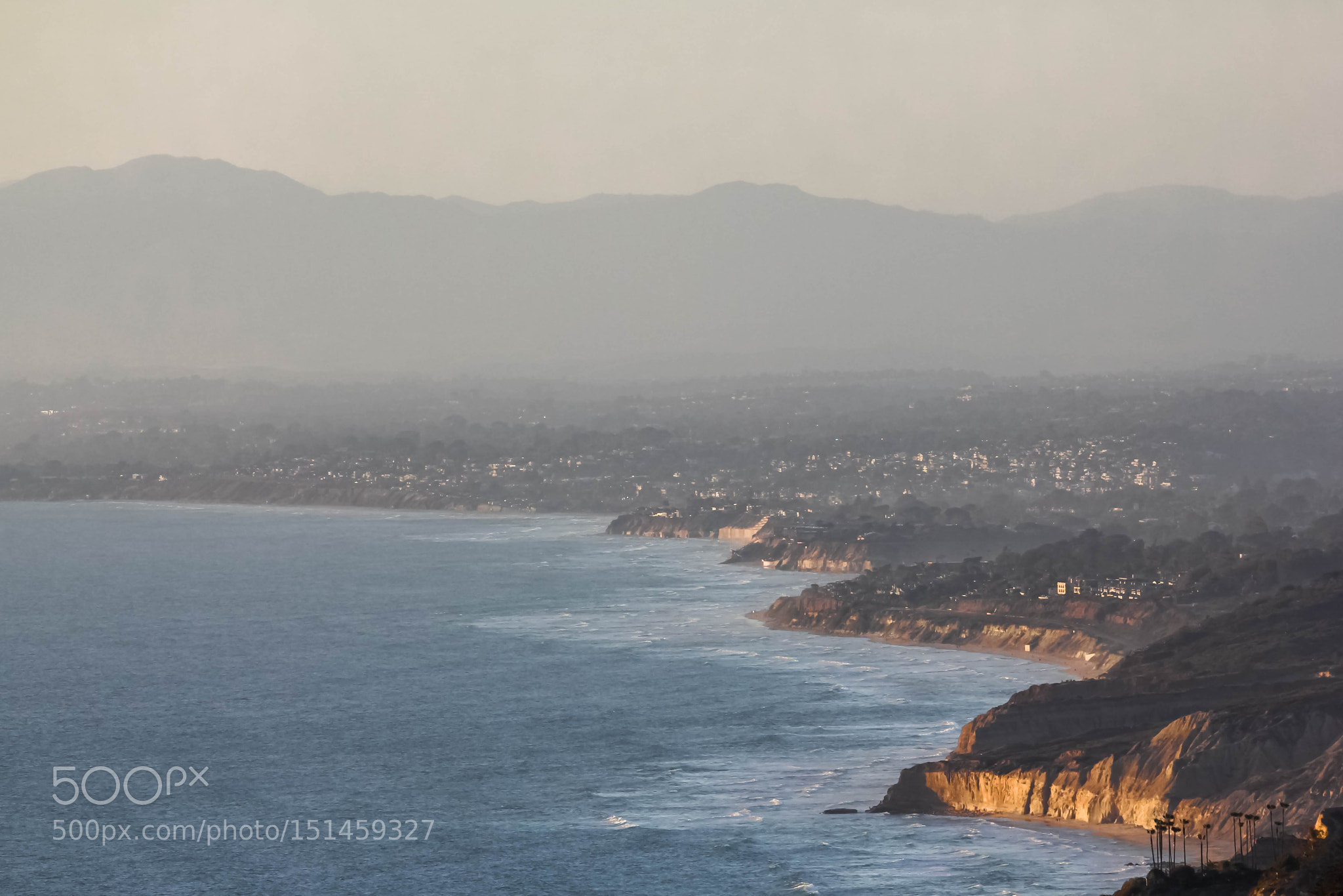 The Pacific coast from Mount Soledad, San Diego