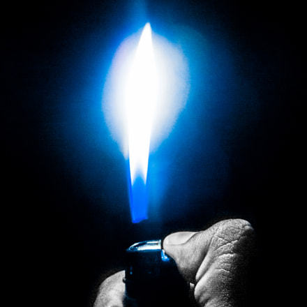 Blu flame, Canon POWERSHOT A2100 IS
