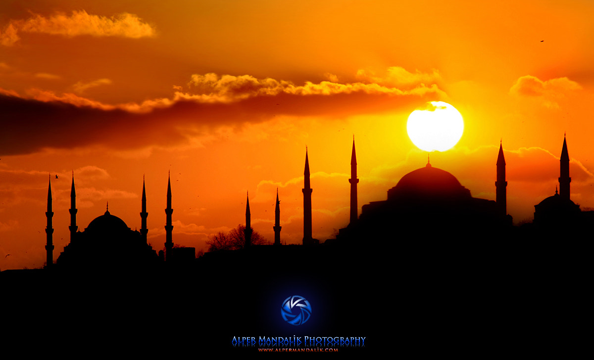 Photograph Sunset in İstanbul by Alper Mandalik on 500px