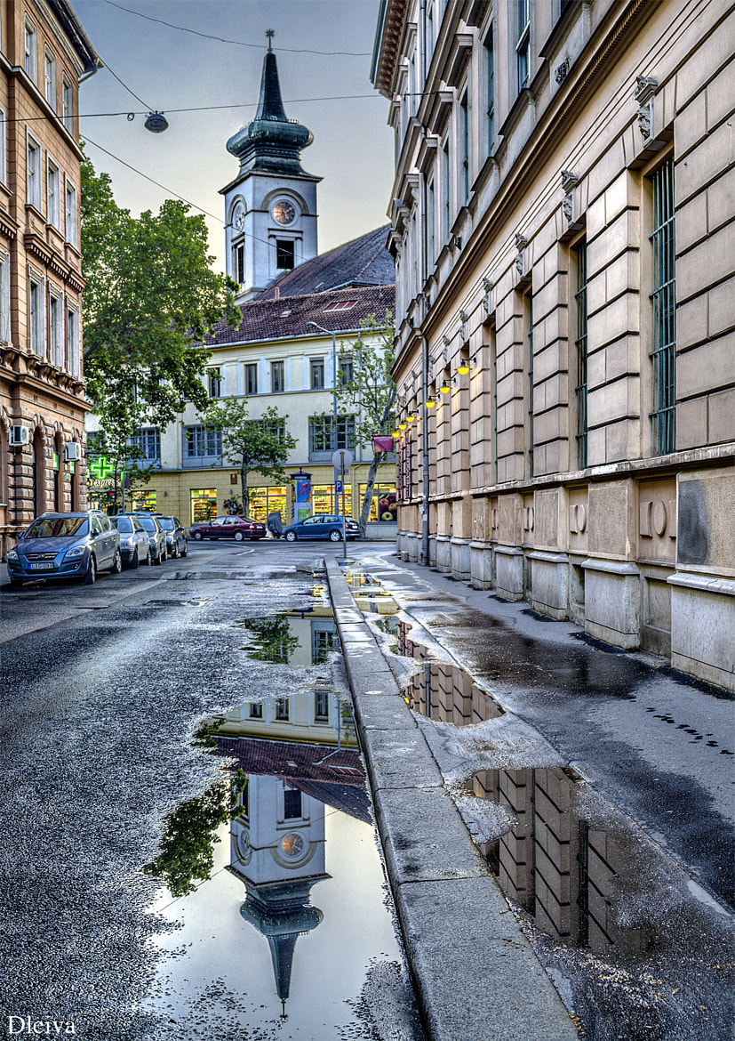 Photograph Street next to the market (Budapest, Hungary) by Domingo Leiva on 500px