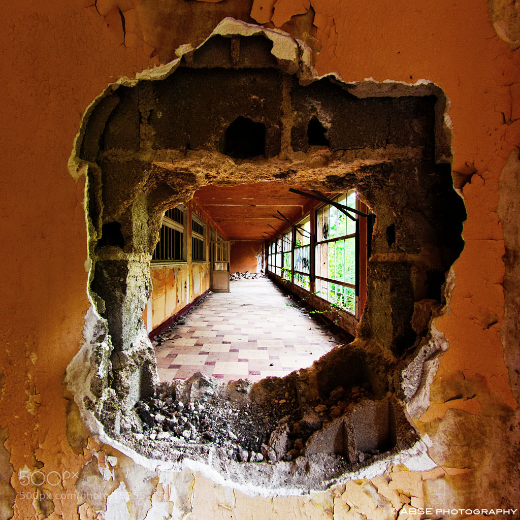 Photograph Hole in the wall by ABSE Photography on 500px