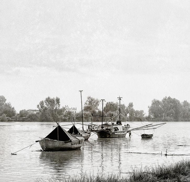 Photograph Fishermen rest by Antonio Diaz on 500px