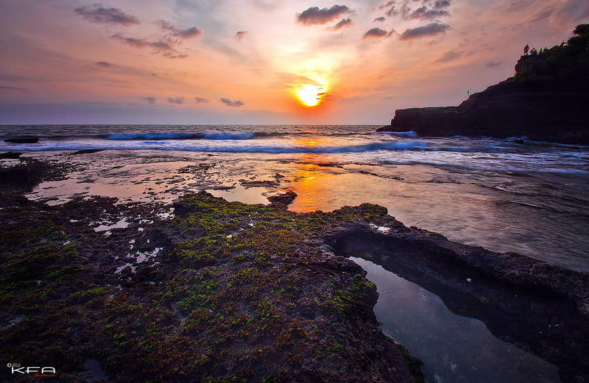 Photograph the sun over tanah lot by K.Fikie  Aryadi on 500px