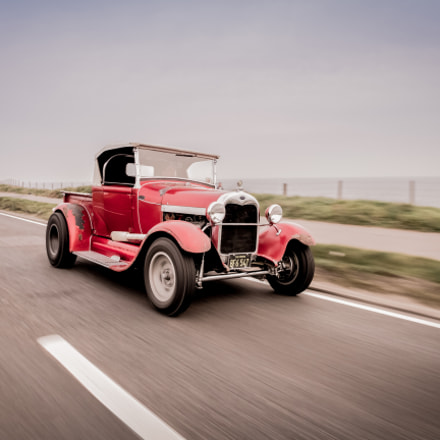 The Dean Lowe roadster, Canon EOS 7D, Sigma 14mm f/2.8 EX Aspherical HSM