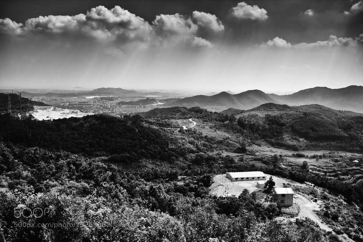 Photograph The mountain of noon(B&W) by 艺锦 林 on 500px