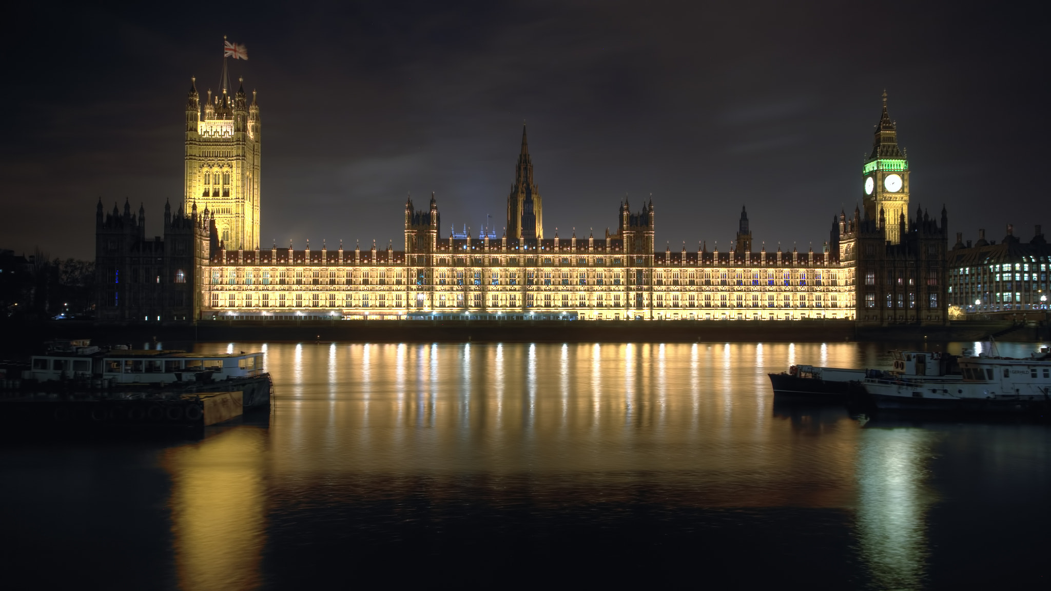 Photograph Houses of Parliament  by Dean Bedding on 500px