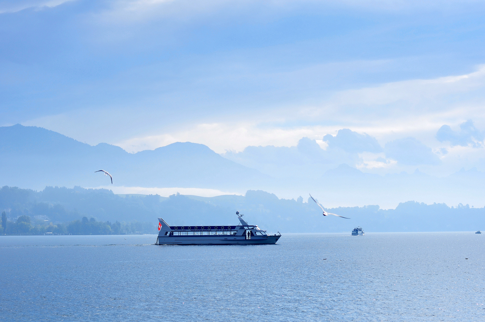 Photograph Cruise on the lake by Pierre Meunier on 500px
