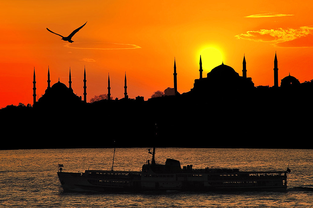 Photograph Sunset in İstanbul (2) by Alper Mandalik on 500px