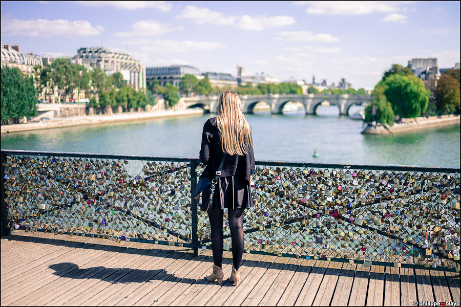 Photograph Looking for love in Paris by philippe blayo on 500px