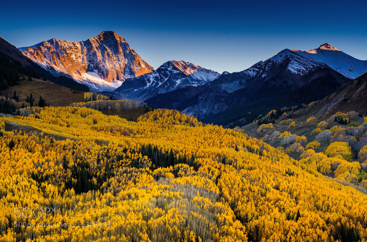 Photograph The Capitol Peak  by Nae Chantaravisoot on 500px