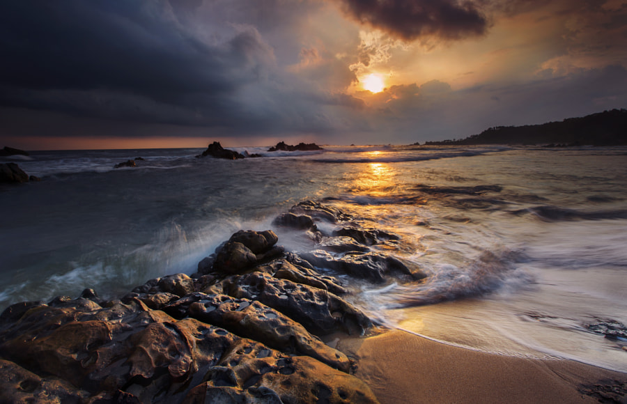 Malimping beach by Ivan Lee on 500px.com