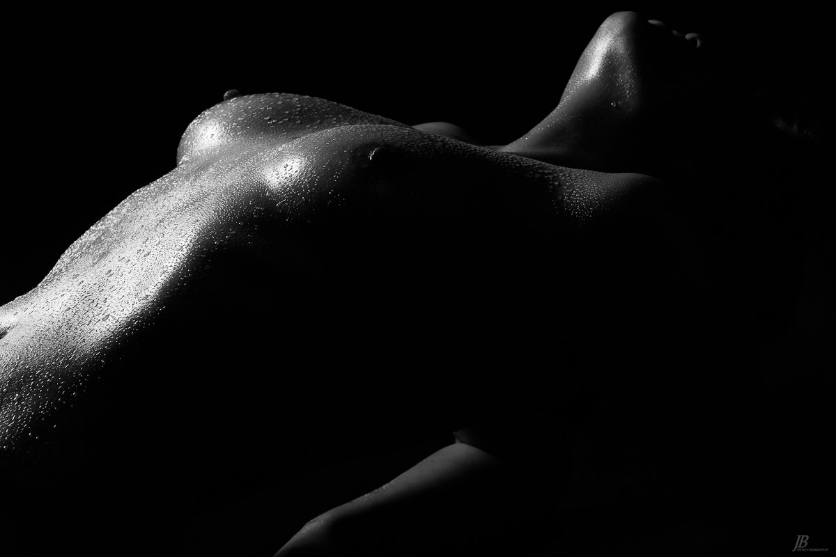 Photograph Bodyscaping with Sierra by Jason Busby on 500px